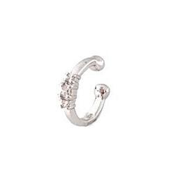 Desert-Diamonds-Three-stone-ear-cuff