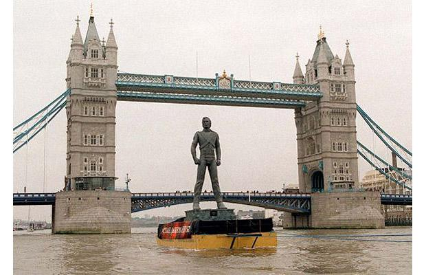 A 30 foot fiberglass statue was pulled along the Thames River in London to publicize Michael Jackson's 1995 album HIStory