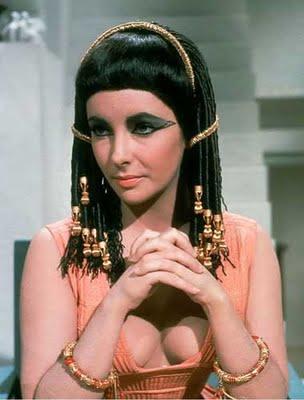 """Elizabeth Taylor as """"Cleopatra"""" (1963)"""