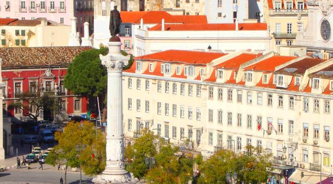 Vue sur la place Dom Pedro IV