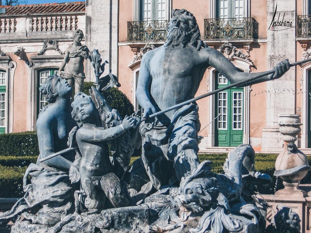 Détail fontaine Poséidon, Palais de Queluz à Sintra, près de Lisbonne, Portugal
