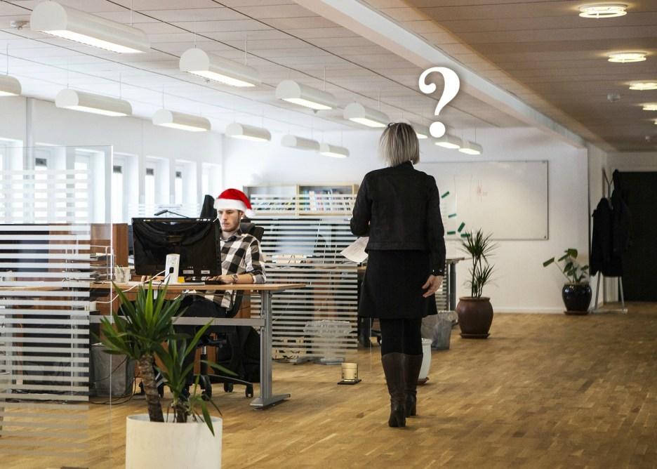 Julepranks på kontoret og mit bedste juleprank tip! - Bloggers by heart låge 6.