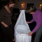 Zwangerschapsdagboek deel #9: ik haat de klusjesmannen, de wieg is af en het werken wordt zwaar