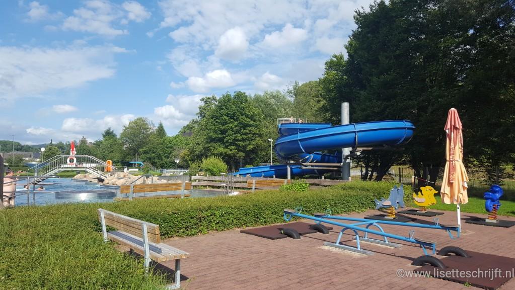 Freibad Saarburg buitenzwembad Landal de Warsberg Lisette Schrijft