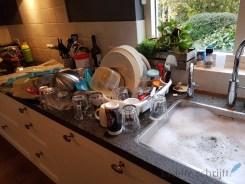 heel veel afwas als de vaatwasser stuk is Lisette Schrijft