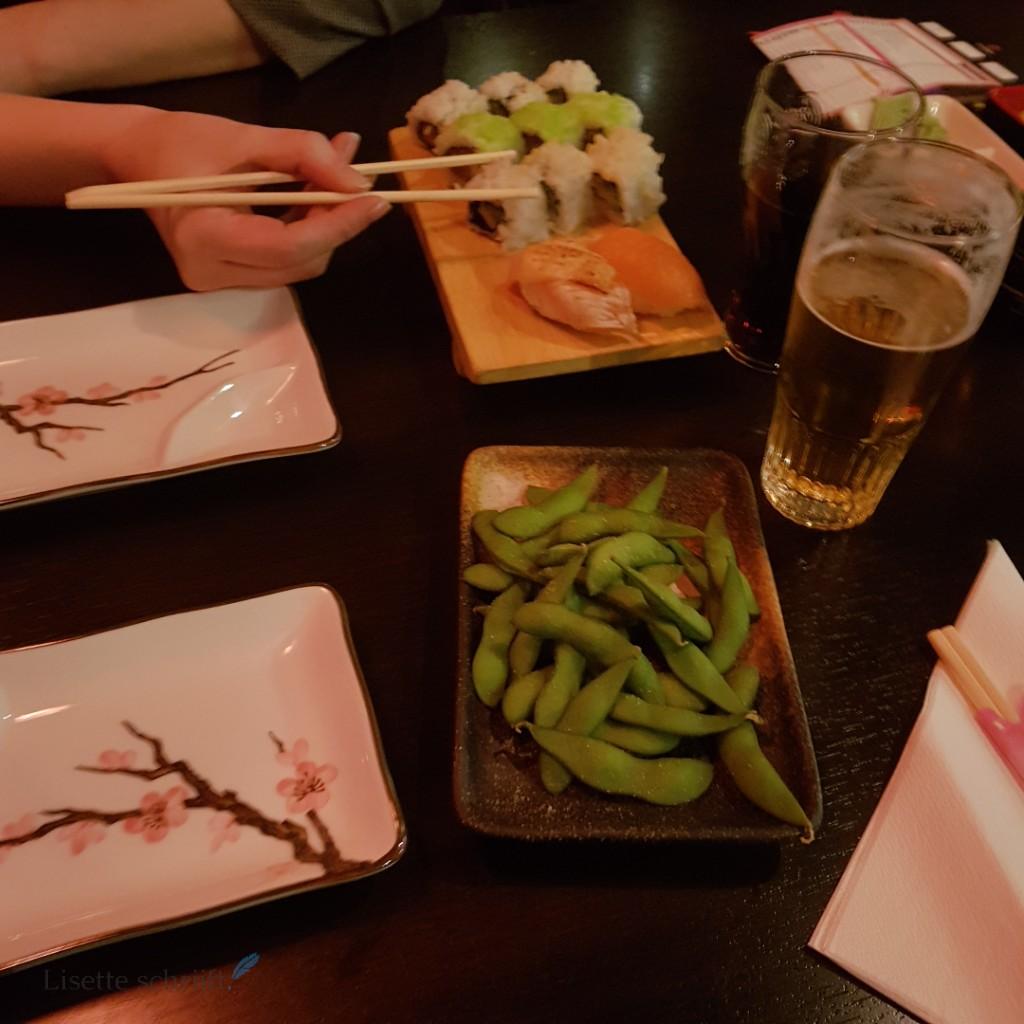 lekker sushi eten jammie Lisette Schrijft