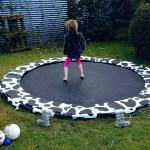 De trampoline: onmisbaar in een grote tuin