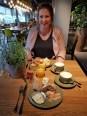 ontbijten bij la place lisette schrijft