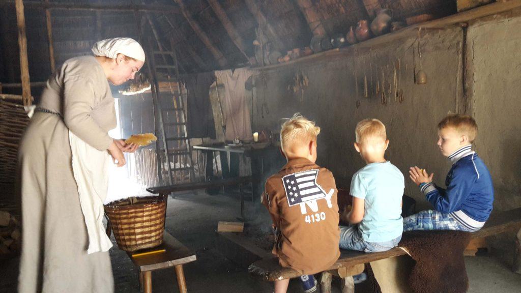 bezoek het archeon in de herfstvakantie Lisette Schrijft