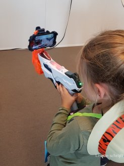 NERF laser Lisette Schrijft