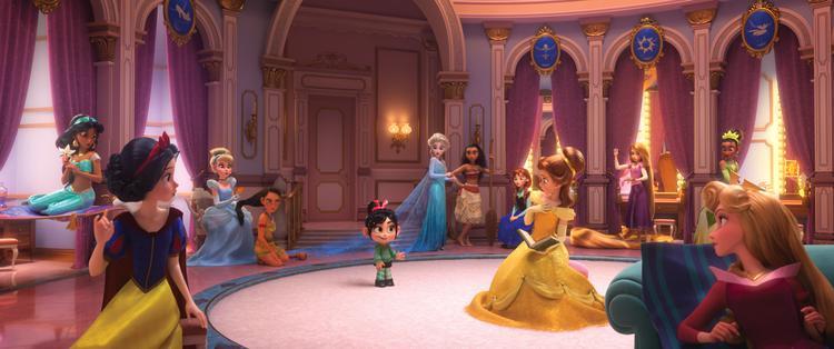 Een disneyfilm met alle disneyprinsessen