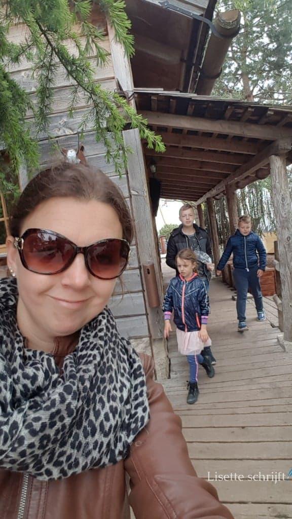 Moeder met drie kinderen op pad in Europa-Park