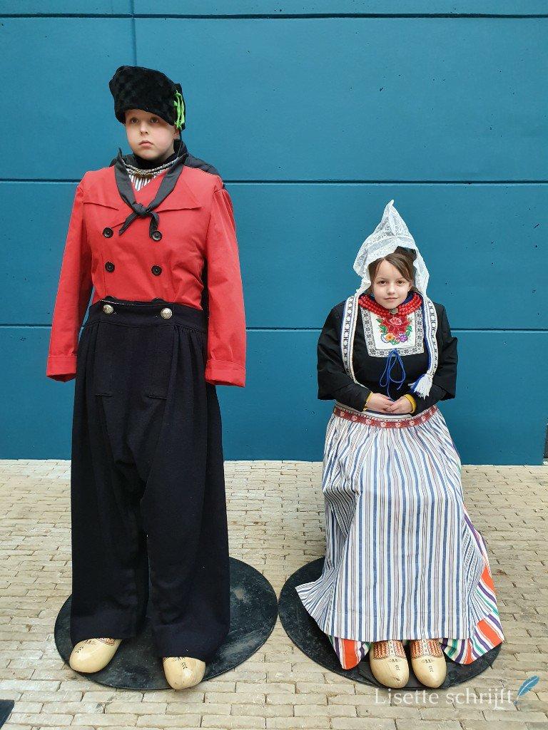 Klederdracht in het zuiderzeemuseum
