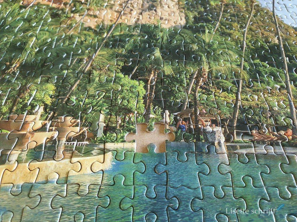 puzzel van 1000 stukjes maar er is er 1 kwijt