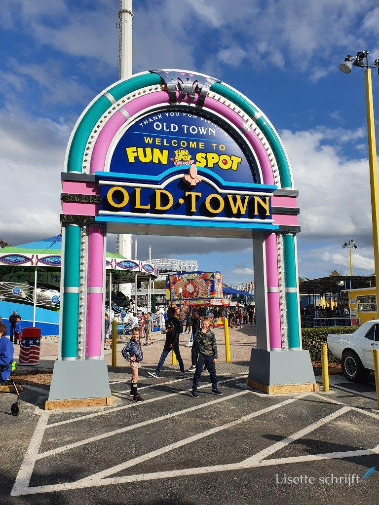 Old Town vlakbij Regal Oaks Resort