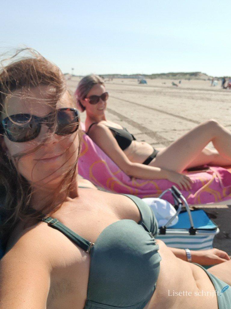 vrouwen op het strand