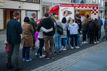 Donut-kø. Foto: Lise von Krogh.
