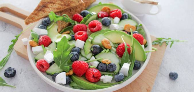 Zomerse salade met brood