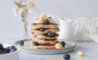 Vegan blueberrie banana pancakes