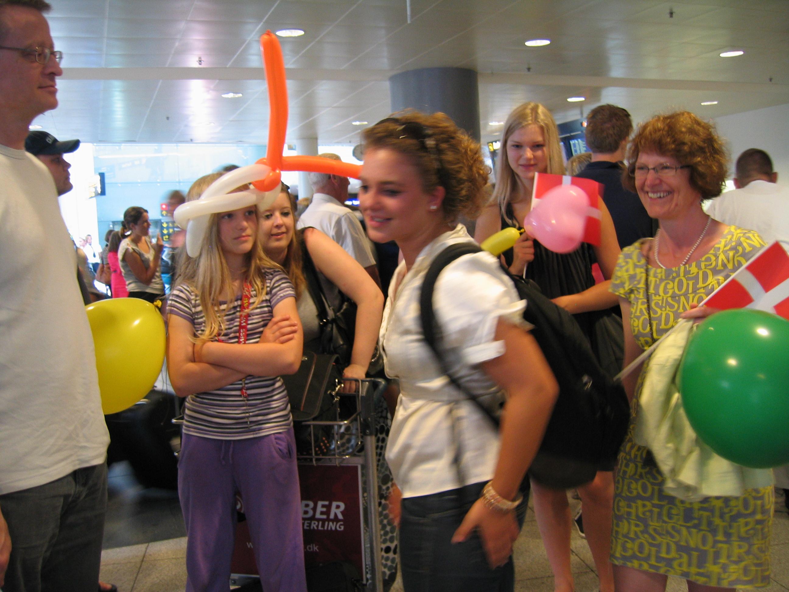 Katrine kommer hjem fra DR 059