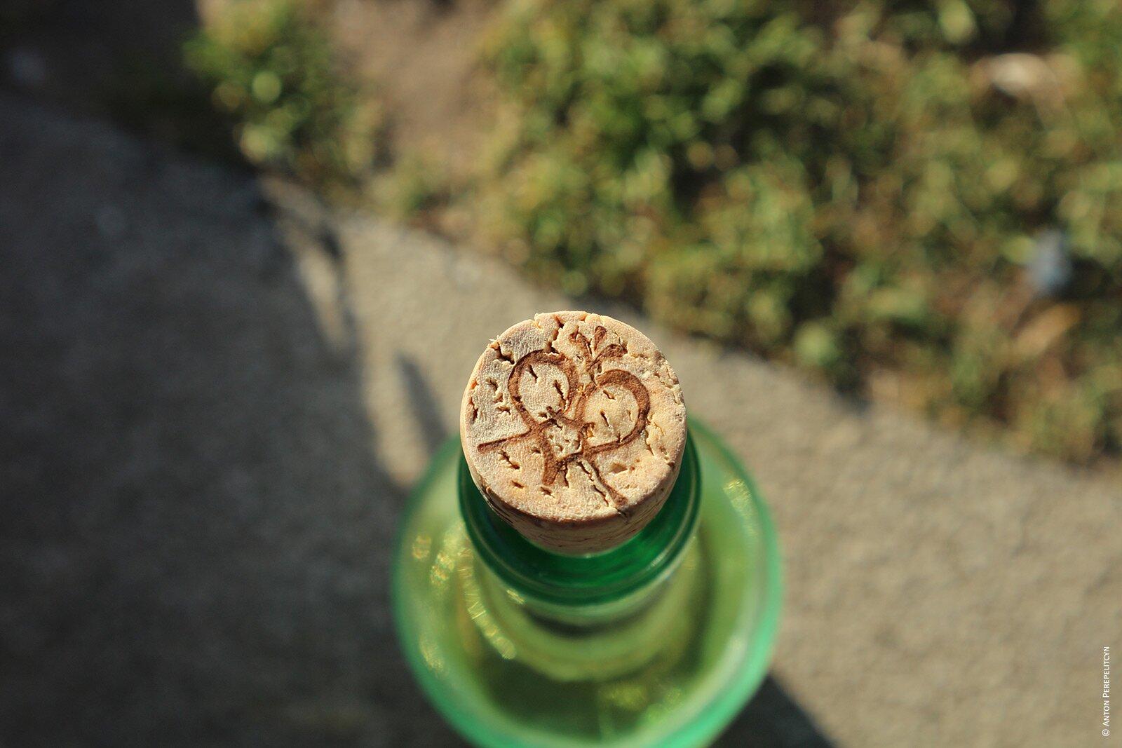 Пробка в бутылке