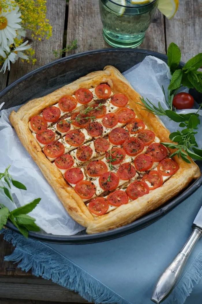 Tomaten Tarte mit frischem Thymian