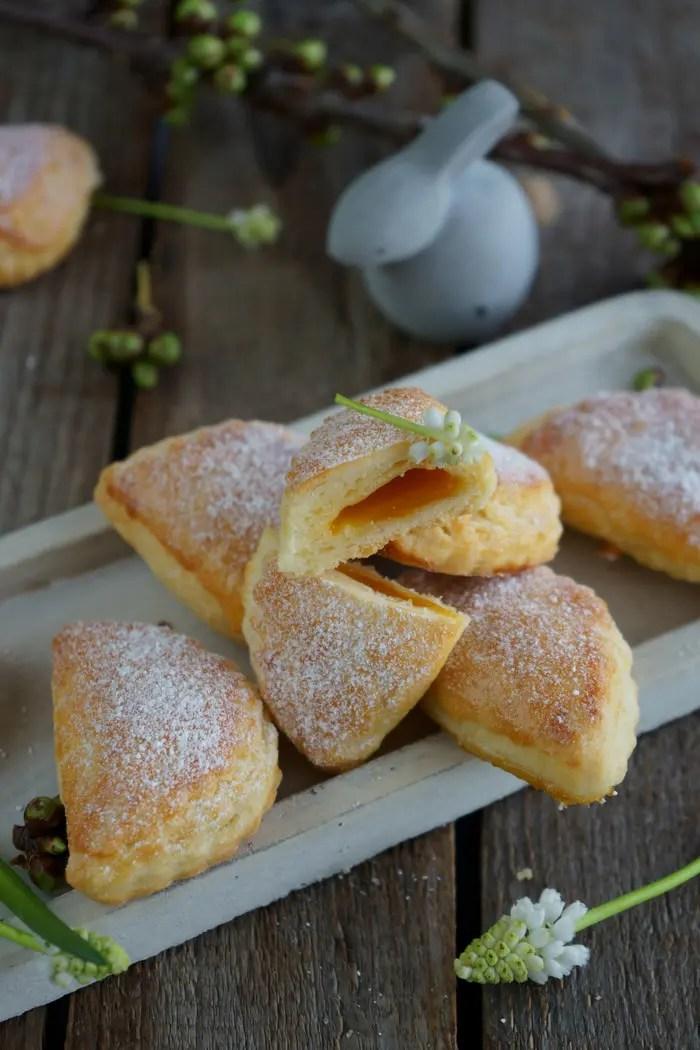 30 Mini Frischkäse-Blätterteig Aprikosentaschen