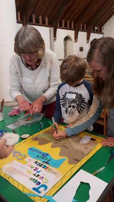 messy-church-june-2016-3