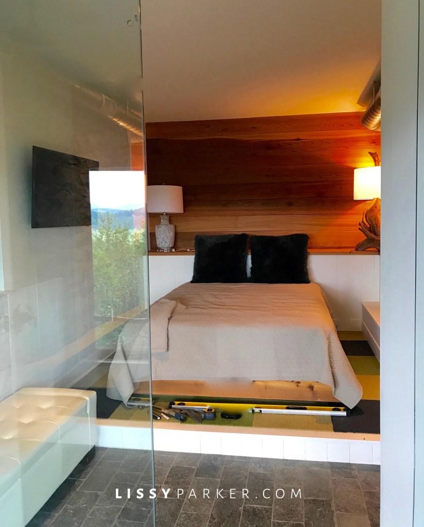 bond bedroom