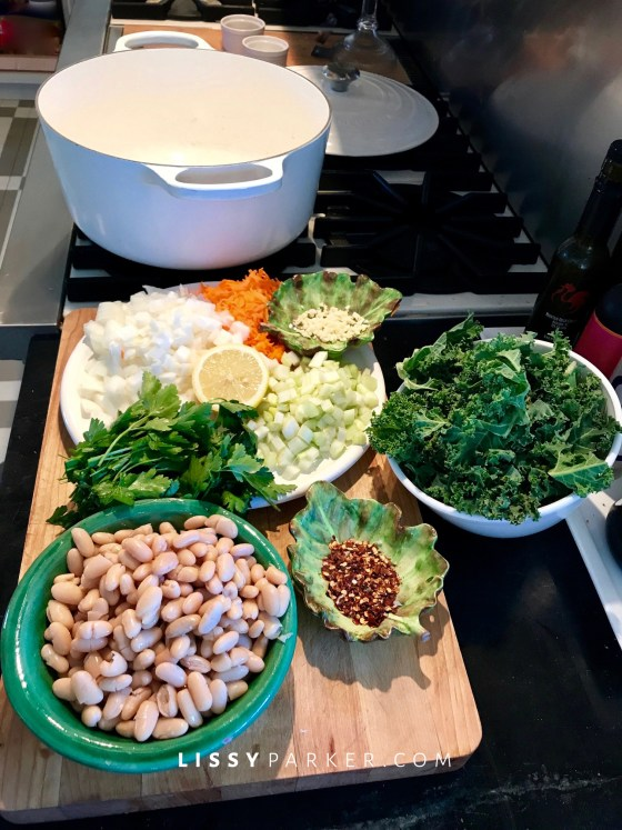 how to make kale and white bean soup