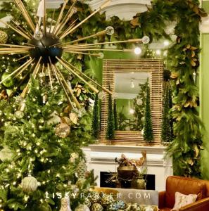 Christmas is easy at Boxwoods.