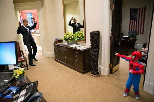 obama e homem aranha