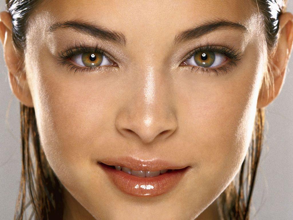 Top 10 Most Beautiful Women S Eyes Toptenz Net