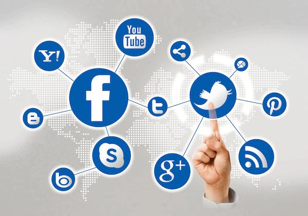 Social-Media-Adsense-Topic