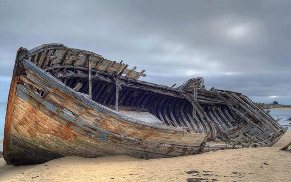 The Diamond Shipwreck