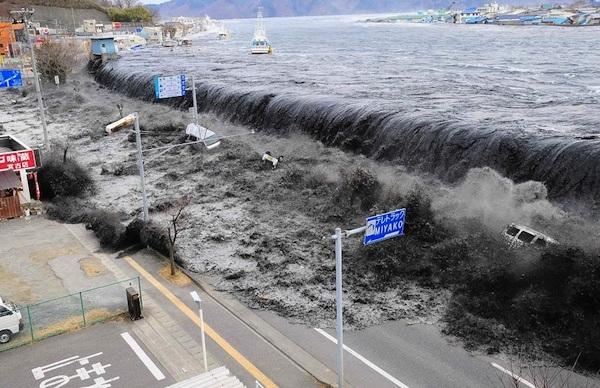 Indian Ocean and earthquake Tsunami
