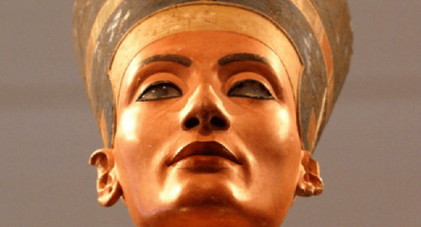 Nefertiti Beautiful Queen in Egypt