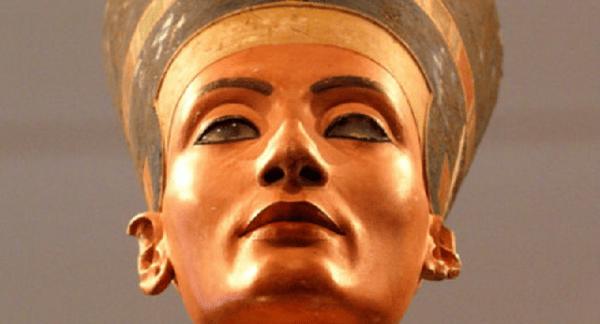 Nefertiti Beautiful Queen in Egypt