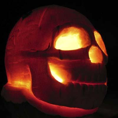 Skullkin - Skull carved in pumpkin