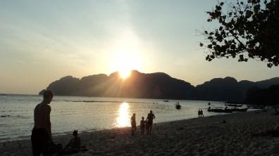 Long beach Phi Phi