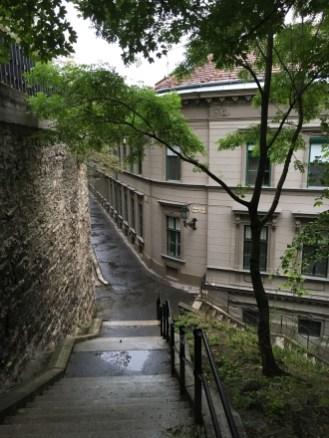 Ruas na descida da Colina do Castelo