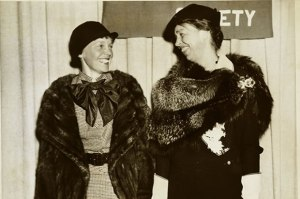 Amelia Earhart meets with Eleanor Roosevelt to discuss gender equality