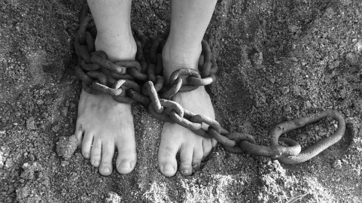 60462-chains-19176_6402bpixabay2bshackles