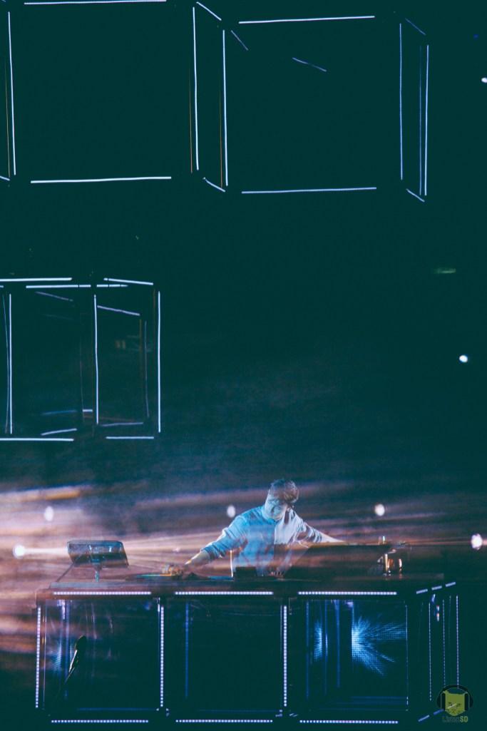 081416-Flume-ListenSD-48