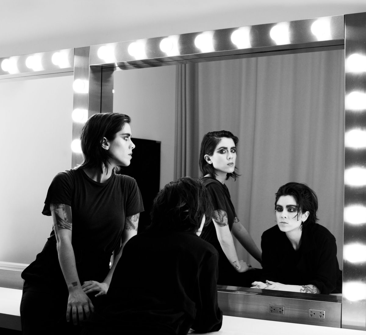 Tegan and Sara (photo by: Pamela Littky)
