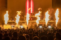 music festival goer finances