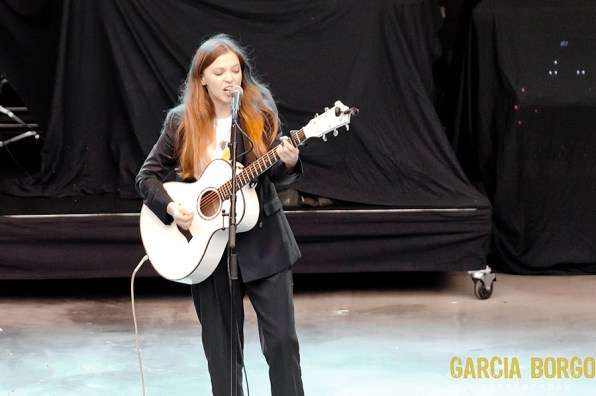 Jade Bird at SDCCU Open Air Theater by Sylvia Borgo for ListenSD