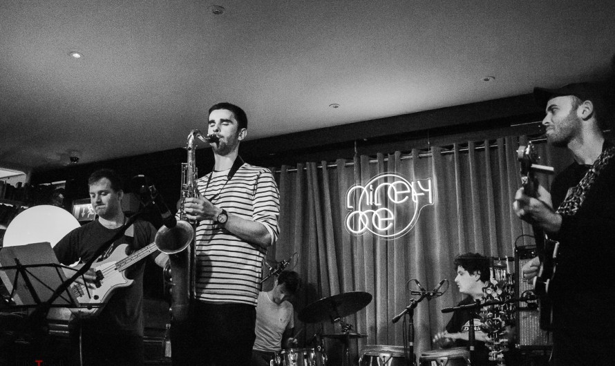 Gig Review: Waaju at 91 Living Room