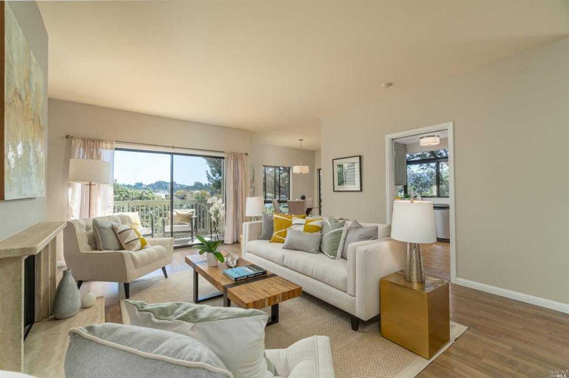$950,000 - 2Br/3Ba -  for Sale in Mill Valley