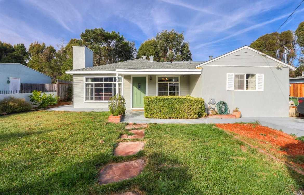 $1,299,000 - 4Br/3Ba -  for Sale in Mill Valley